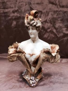Porcelain Girl Figurine - Ernst Wahliss, Turn Wien Austria - 1896