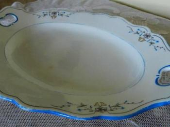 Porcelain Tray - white porcelain - 1840