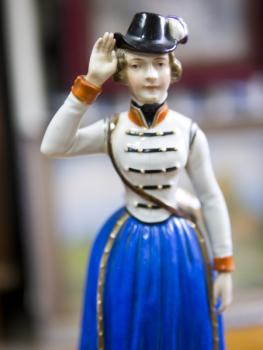 Porcelain Girl Figurine - porcelain - 1847